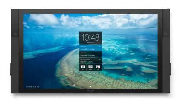 مايكروسوفت تبدأ شحن حواسب ويندوز 10 العملاقة Surface Hub