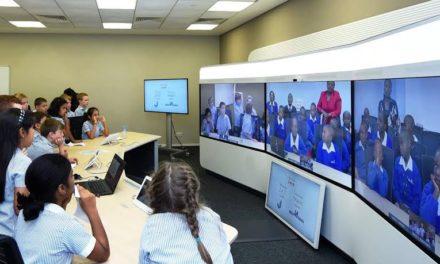 طلاب مدارس من الإمارات يتفاعلون بشكل مباشر مع نظرائهم من كينيا بفضل تقنيات سيسكو للتواجد عن بعد