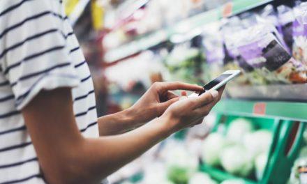 حجم المبيعات داخل المتاجر التقليدية يتخطى 90% من عمليات التجزئة، فيما يتجه التجار نحو التقنيات الذكية لإدارة مواسم الذروة